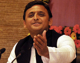 Akhilesh To Fight For AP Special status!