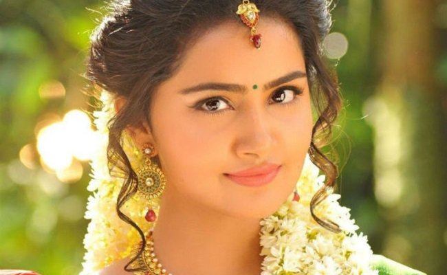 Anupama reveals why she doesn't prefer Malyalam films