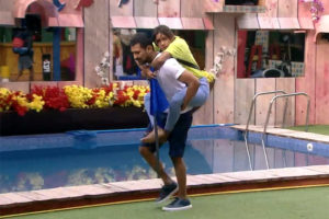 #BiggBoss3: Husband Helps Vithika Bag Captaincy