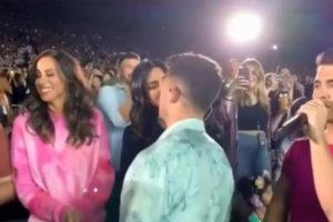 Watch: Nick's surprise kiss to Priyanka Chopra