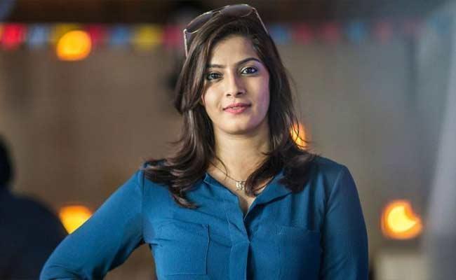 Media Stop Marrying Me Off: Varalaxmi