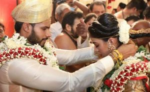 Actress takes dig at Nikhil's wedding during lockdown