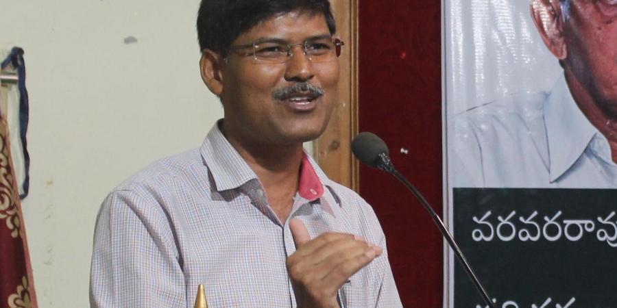 Rangareddy court grants bail to Osmania University Professor Kasim