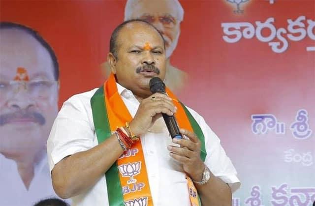 Don't Approve 3 Capitals Bill, AP BJP Requests Guv
