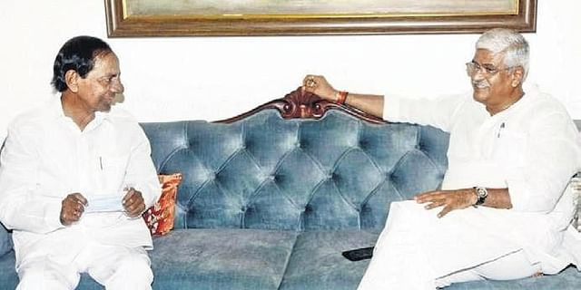 Telangana CM meets Jal Shakti Minister Gajendra Singh Shekhawat, raises Rayalaseema LIS issue